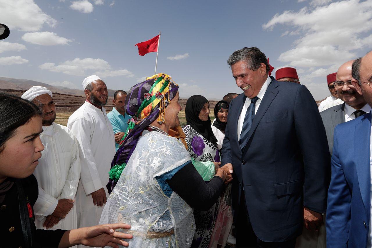 عزيز أخنوش يقوم بزيارة ميدانية  لإقليم تنغير لتتبع سير وإطلاق مشاريع فلاحية بالمنطقة