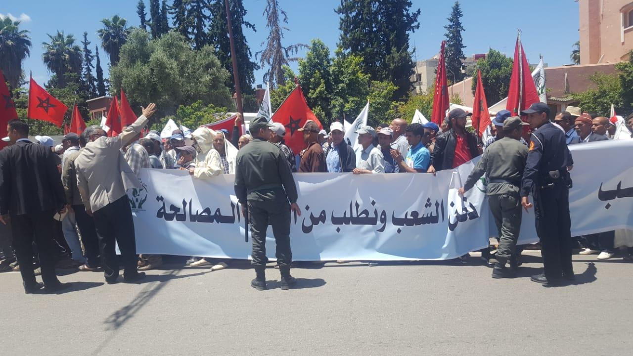 أصوات الفلاحيين تعلو في مختلف مناطق المملكة احتجاجا على حملة المقاطعة…