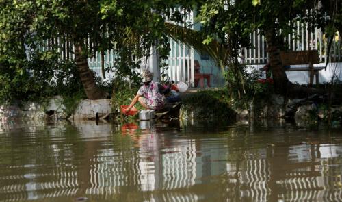 ارتفاع حصيلة ضحايا الفيضانات في شمال فيتنام إلى 21 قتيلا
