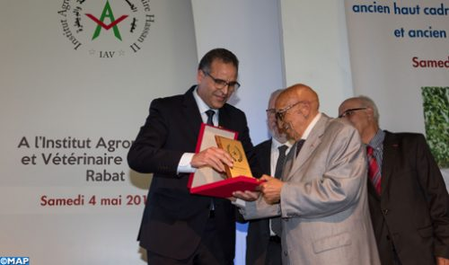 تكريم المدير الأسبق لمعهد الحسن الثاني للزراعة والبيطرة السيد عبد الله البقالي بالرباط